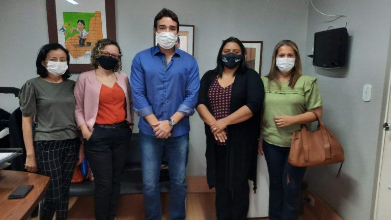 CRC-PI discute piso salarial dos contadores com deputado Marden Menezes